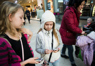 Rebekka Ikonen (left) and Reetta Räsänen, 9, joined Instagram a few weeks ago. Both have uploaded photos of themselves to the service.
