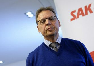Lauri Lyly, the president of the Central Organisation of Finnish Trade Unions (SAK), appeared before members of the media on Monday to announce that SAK is ready to re-commence the negotiations for a social contract.
