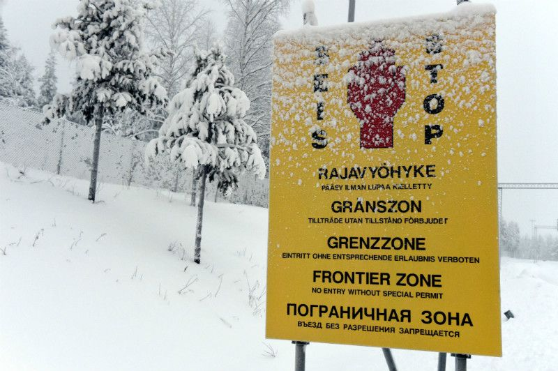 A sign informing passers-by they are entering the border zone between Finland and Russia in Salla, Lapland, on 23 January, 2016.