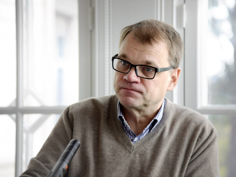 There has been no shift in the armament export policy of Finland, Prime Minister Juha Sipilä (Centre) insisted during his weekly interview on YLE Radio 1 on Sunday.