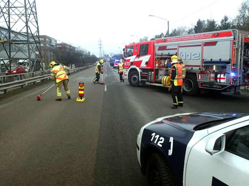 One person was injured in a road traffic accident on Itäväylä, Helsinki, on 3 March, 2016.