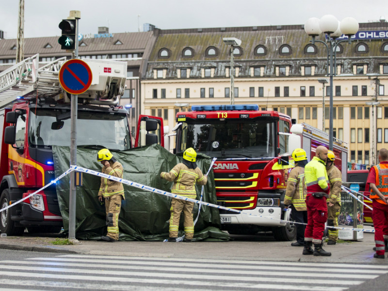 The Turku Market Square was cordoned off on Friday after two people were killed and eight injured in what is believed to have been a terror attack.