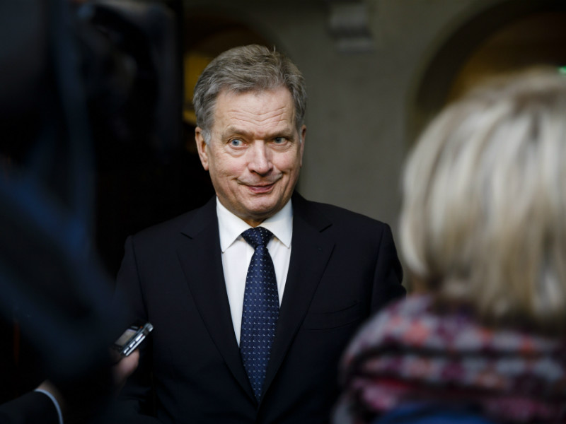 President Sauli Niinistö was pictured leaving a meeting of the Ministerial Committee on Foreign And Security Policy in Helsinki on 1 December, 2017.