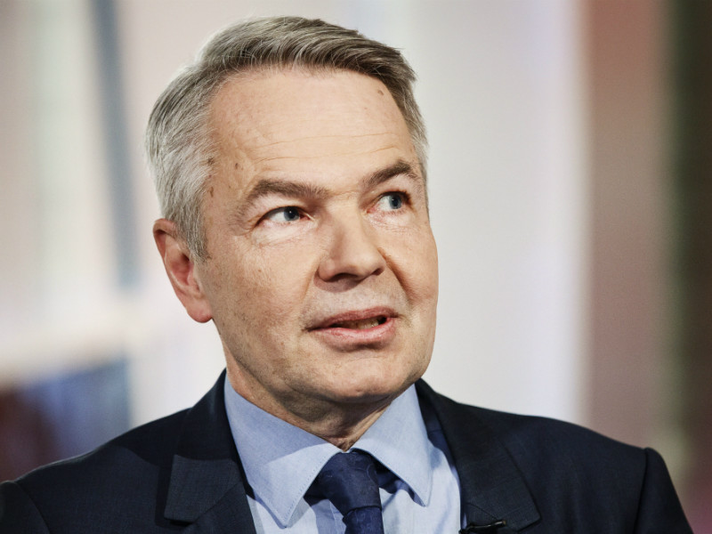 Pekka Haavisto (Greens) appeared on YLE TV1's Ykkösaamu on 11 February, 2017.