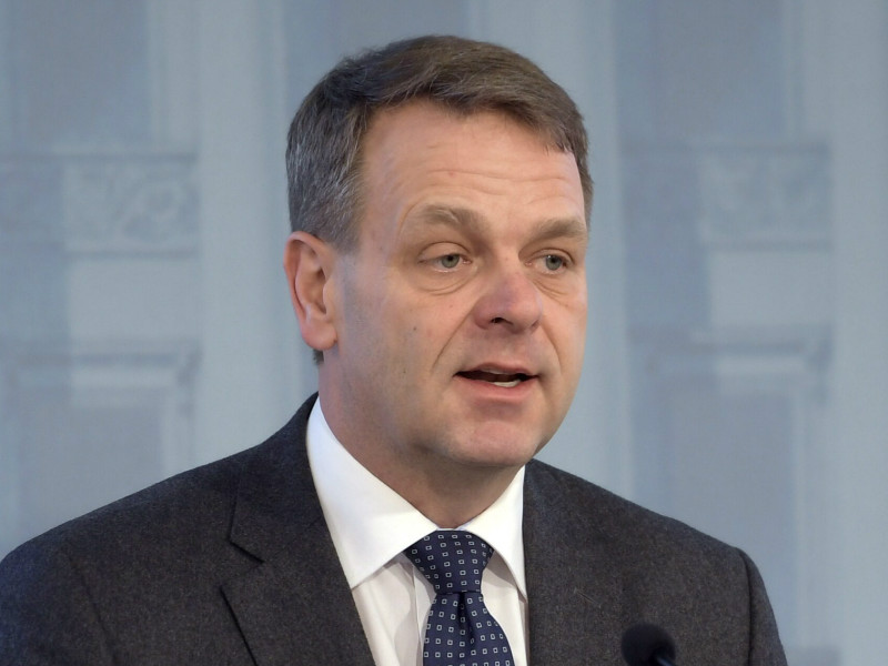 Jan Vapaavuori (NCP), a Vice-President at the European Investment Bank, has yet to announce whether or not he will enter the mayoral race in Helsinki.