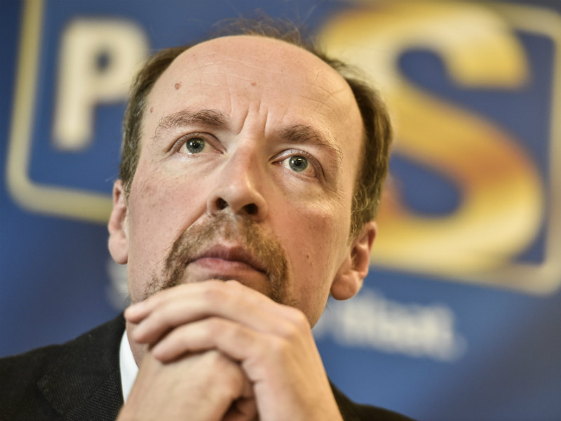 Jussi Halla-aho, the chairperson of the Finns Party, insists that there is no reason to panic despite the fact that the populist opposition party seems to have lost almost a third of its support in October.