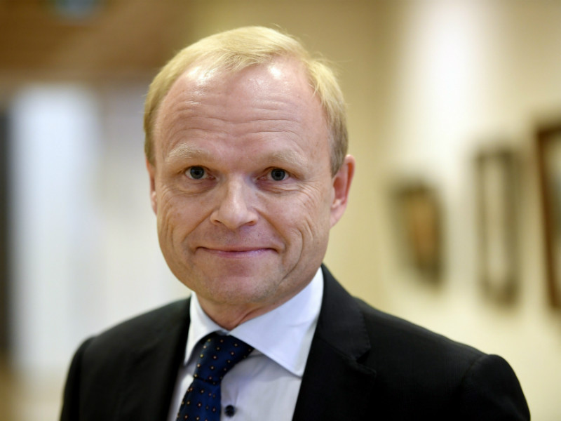 Pekka Lundmark, the chief executive of Fortum, says he is optimistic that at least a constructive dialogue can be established between Fortum and Uniper.