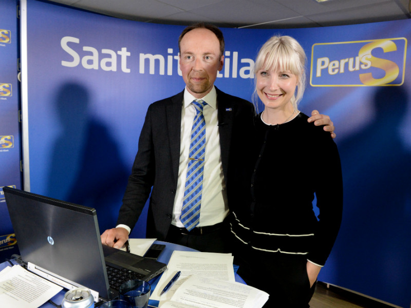 Chairperson Jussi Halla-aho and deputy chairperson Laura Huhtasaari of the Finns Party spoke to the press in Helsinki on 4 August, 2017. Both Halla-aho and Huhtasaari were elected to key positions within the party in early June.