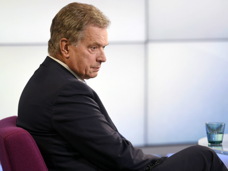 President Sauli Niinistö would win re-election in the first round of voting if the presidential elections were held today, finds a poll by Helsingin Sanomat.