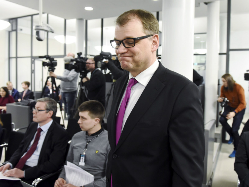 Prime Minister Juha Sipilä (Centre) appeared before the media after his government wrapped up its fourth and final framework session in Helsinki on 11 April, 2018.