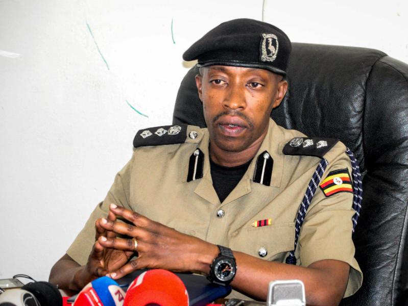 Emilian Kayima, a spokesperson for the Kampala Metropolitan Police, presented the preliminary findings of an investigation into the death of a Finnish businessman in a press conference in Kampala, the capital of Uganda, on Monday 19 February.