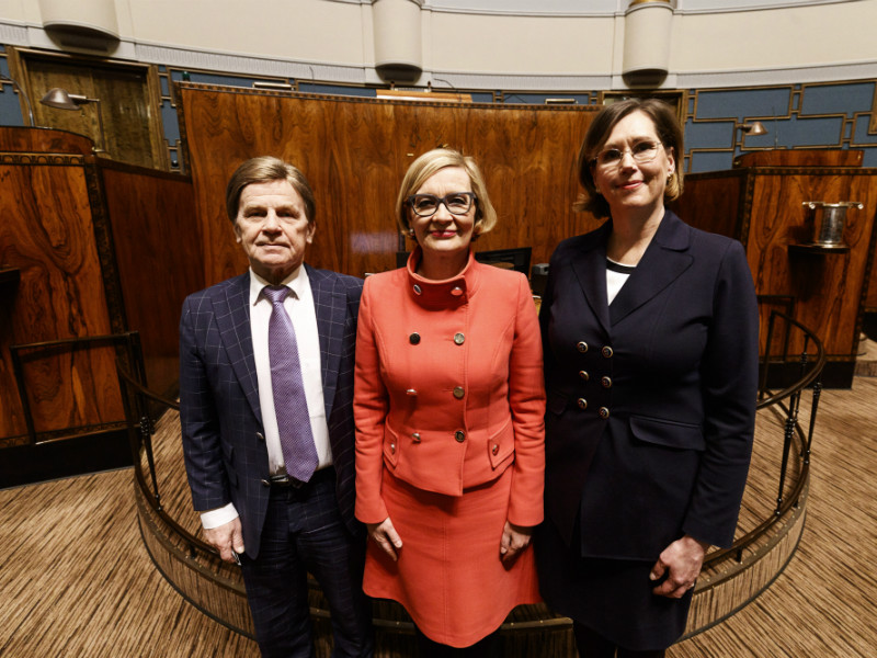 First Deputy Speaker Mauri Pekkarinen (Centre), Speaker Paula Risikko (NCP) and Second Deputy Speaker Tuula Haatainen (SDP) posed for photos in the Finnish Parliament on Monday, 5 February.