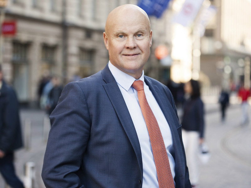 Antti Palola, the chairperson of the Finnish Confederation of Salaried Employees, reminds that employment-based immigration is necessary to improve the dependency ratio in Finland.