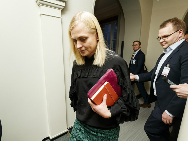 Elina Lepomäki (NCP) has raised eyebrows even among her party comrades by stating that the government should throw out its long-discussed social, health care and regional government reform.