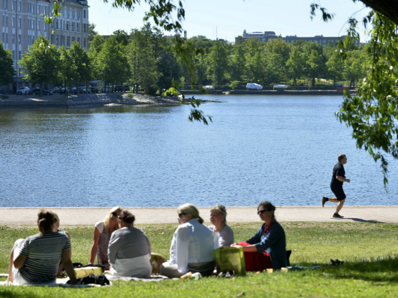 Warm Weather People enjoyed the sunshine and warm weather in Tokoinranta Park in  Helsinki on Monday 28 May