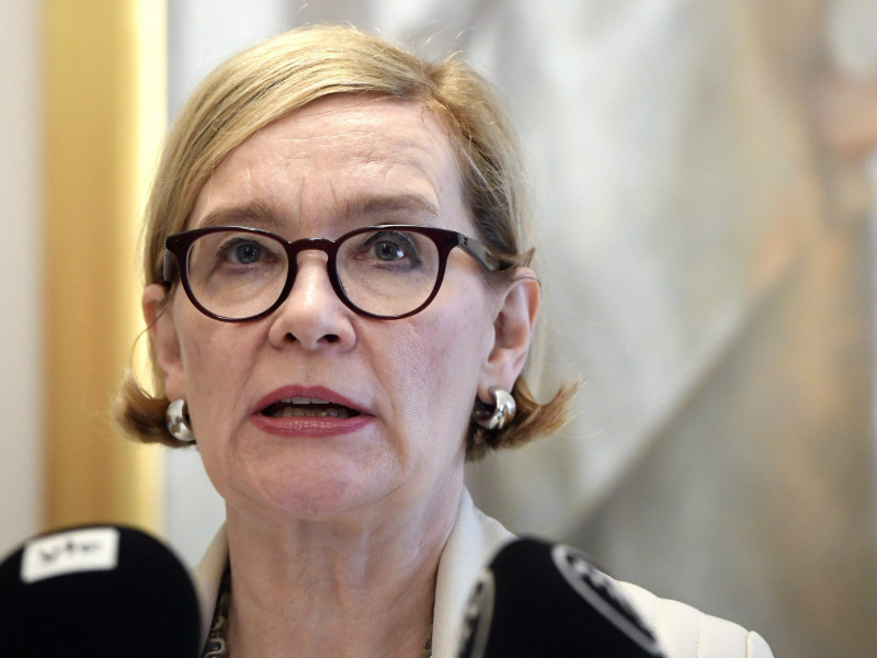Paula Risikko (NCP), the Speaker of the Parliament, discussed the findings of a study on gender equality in the Finnish Parliament in a press conference in Helsinki on Wednesday, 12 September. (Credit: Heikki Saukkomaa – Lehtikuva)#source%3Dgooglier%2Ecom#https%3A%2F%2Fgooglier%2Ecom%2Fpage%2F%2F10000