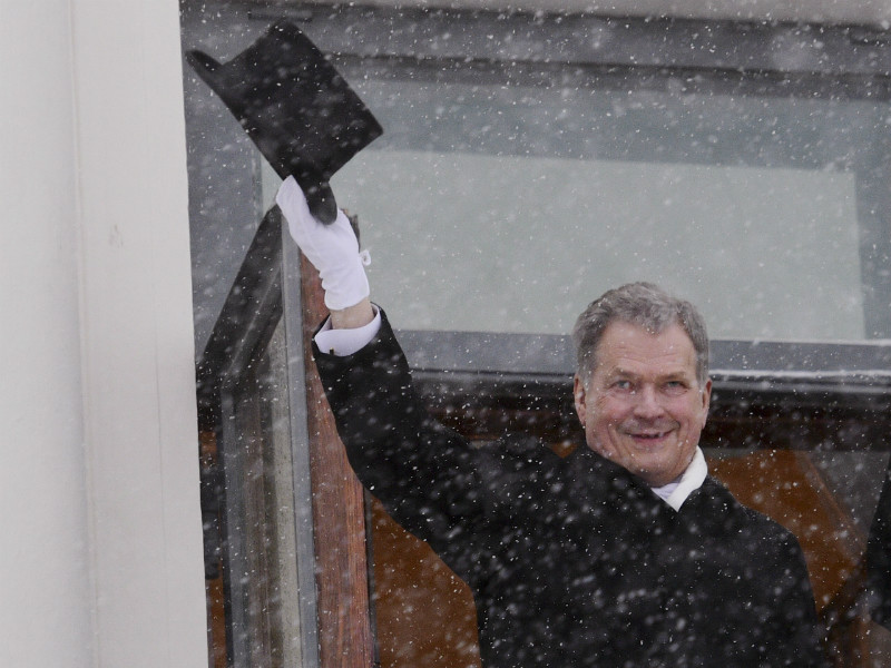 President Sauli Niinistö greeted the public from the balcony of the Presidential Palace in Helsinki on 1 February, 2018.