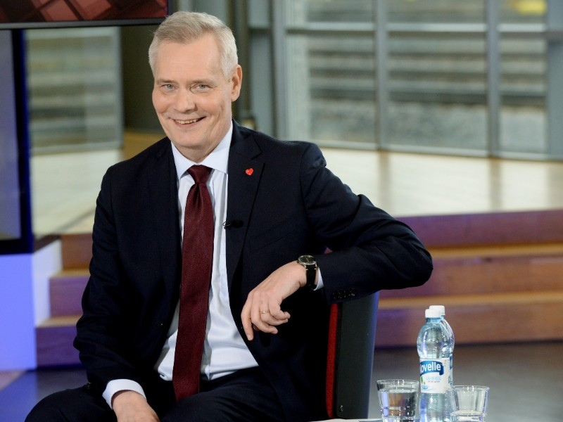 Antti Rinne's Social Democratic Party has seen its popularity nosedive by 1.7 percentage points to 19.6 per cent since February, indicates an opinion poll commissioned by Alma Media. (Mikko Stig – Lehtikuva)