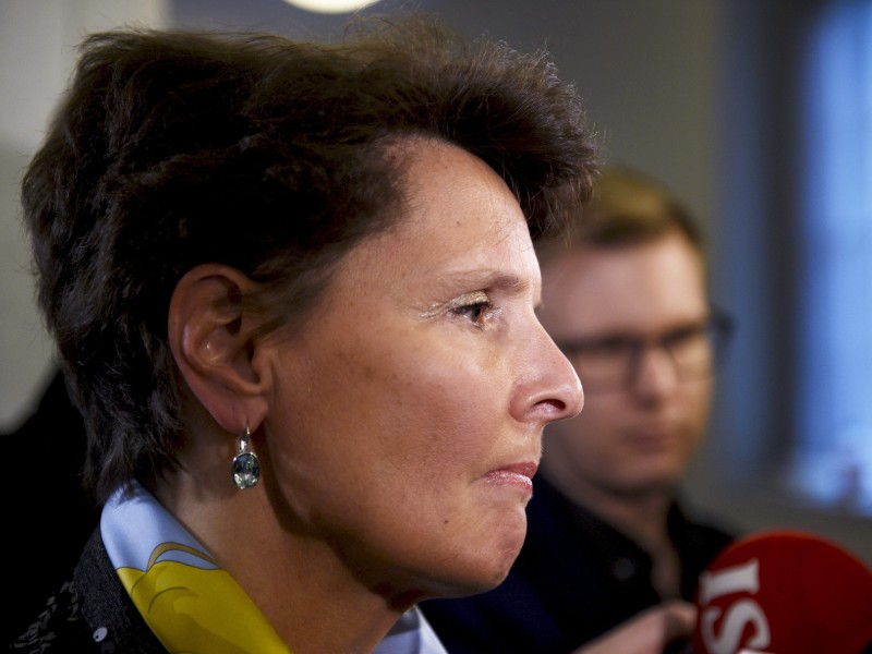 Anne Berner (Centre), the Minister of Transport and Communications, will not assume her duties as a member of the board at SEB until 1 June, according to the Swedish financial group. (Credit: Martti Kainulainen – Lehtikuva)