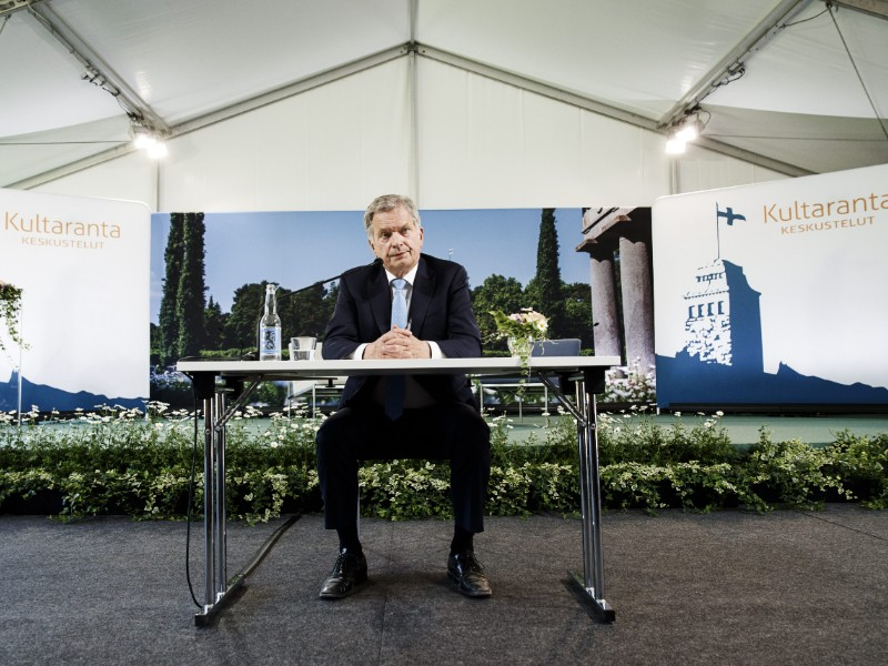 President Sauli Niinistö holding a press conference before the opening of the seventh edition of the Kultaranta Talks, a foreign and security policy event he hosts annually in Naantali, south-west Finland. (Roni Rekomaa – Lehtikuva)