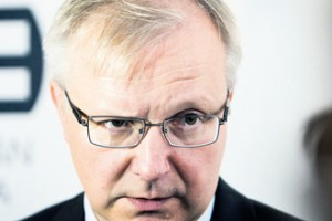 Olli Rehn says the private sector should support banks.