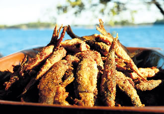 Paistetut muikut, or fried vendace, can be considered the 'fish and chips' of Finland.