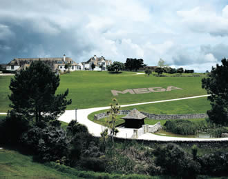 2,300 square metres make up the Dotcom mansion, set upon perfectly maintained grounds outside of Auckland – mega indeed.