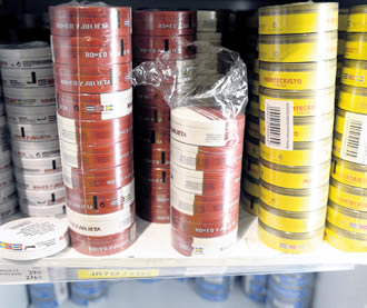 Snus is being imported to Finland in growing amounts.