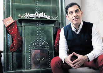 André Noël Chaker collected more than 7,000 euros of funding to tell the story of Santa Claus' childhood.