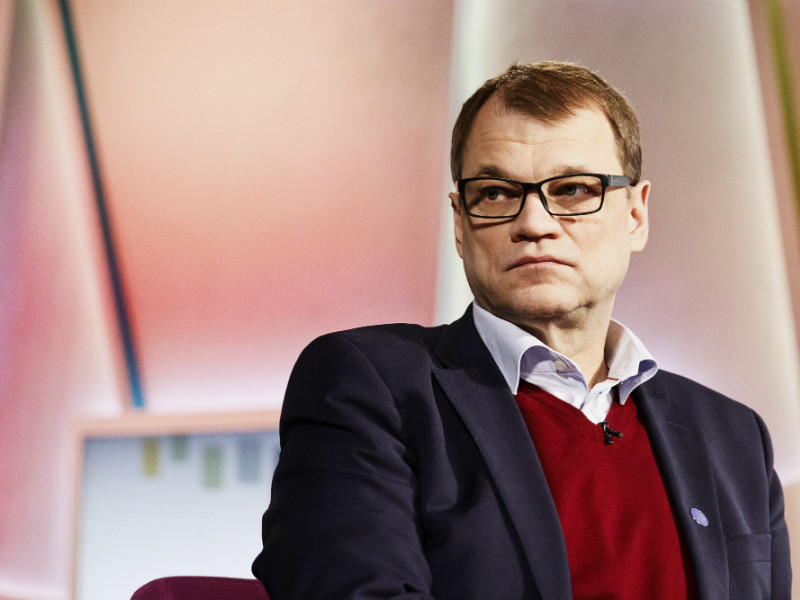 Prime Minister Juha Sipilä (Centre) has firmly denied seeking to suppress coverage of allegations against him or his family but admitted that his response had been emotional.
