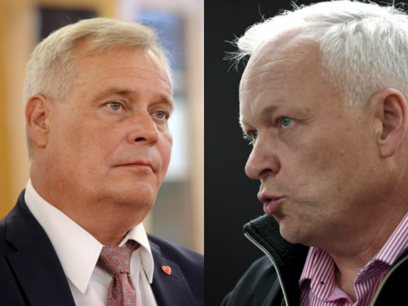 Antti Rinne (left), the chairperson of the Social Democrats, and Kalle Jokinen, the chairperson of the National Coalition Parliamentary Group, have continued to pick holes in each other's economic policy initiatives.