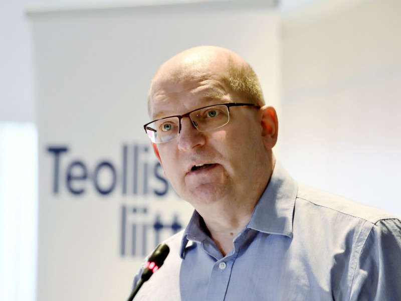 Riku Aalto, the chairperson of the Finnish Industrial Union, says the government's insistence to proceed with its so-called lay-off law has left trade unions no choice but to resort to industrial action. (Credit: Markku Ulander – Lehtikuva)