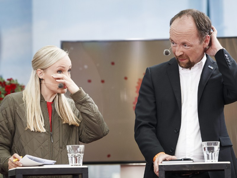 Jussi Halla-aho's (right) Finns Party remains the most popular party, but Maria Ohisalo's (left) Green League made notable gains in the latest opinion poll by YLE. (Roni Rekomaa – Lehtikuva)
