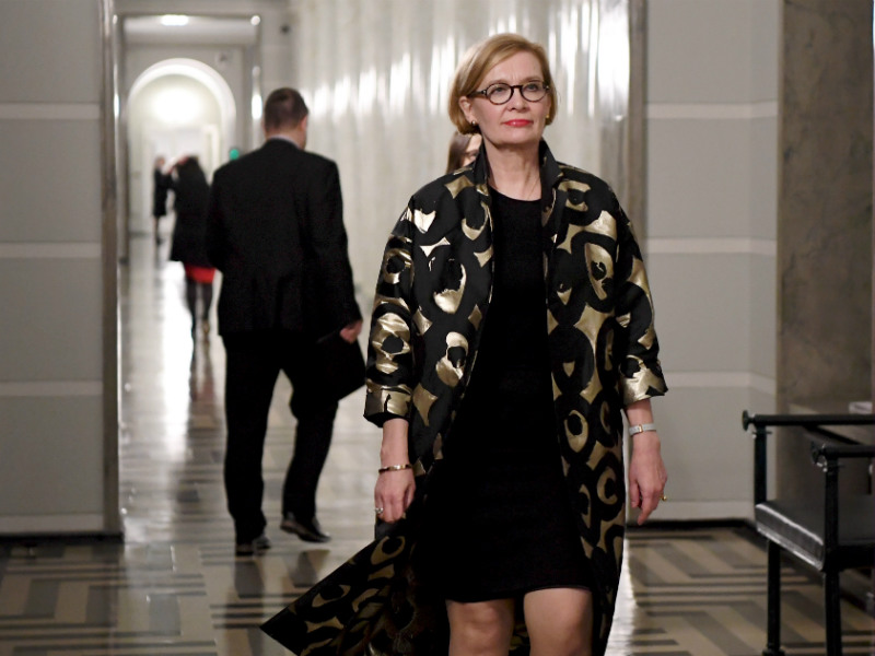 Paula Risikko (NCP), the Speaker of the Parliament, believes authorities should have the possibility to also revoke permanent residence permits on grounds of security concerns. (Credit: Jussi Nukari – Lehtikuva)