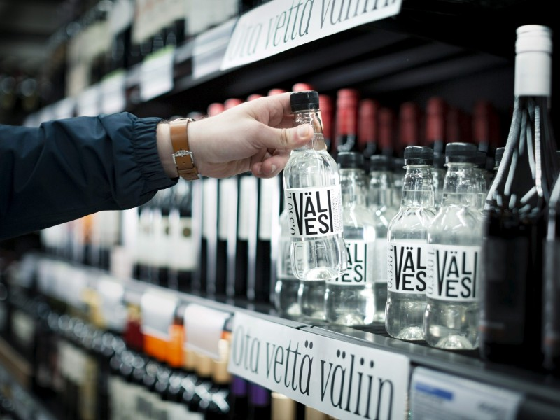Alko launched its own water, Välivesi, in June. The sales of alcohol-free products rose by 2 per cent year-on-year in May, according to the Finnish state-owned alcohol retailer. (Fanny Haga – Alko)
