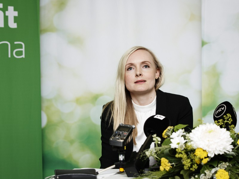 Maria Ohisalo, the newly elected chairperson of the Green League, held a press conference in Pori on Saturday, 15 June. (Roni Rekomaa – Lehtikuva)