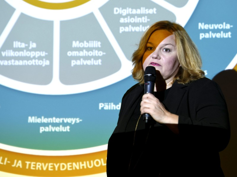 Minister of Family Affairs and Social Services Krista Kiuru (SDP) spoke in a press conference dealing with the long-discussed social and health care reform in Helsinki on Tuesday, 15 October 2019. (Martti Kainulainen – Lehtikuva)