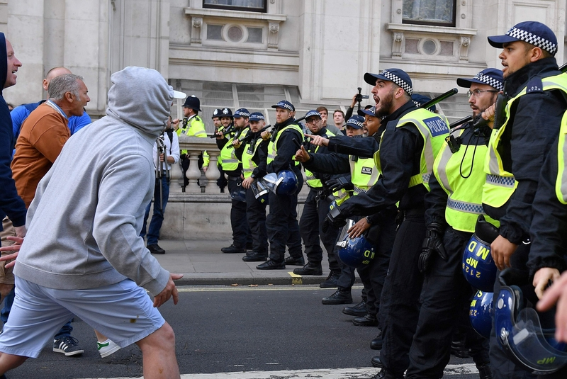 Far right protesters square off with police in Whitehall on Saturday (Image: Lehtikuva)