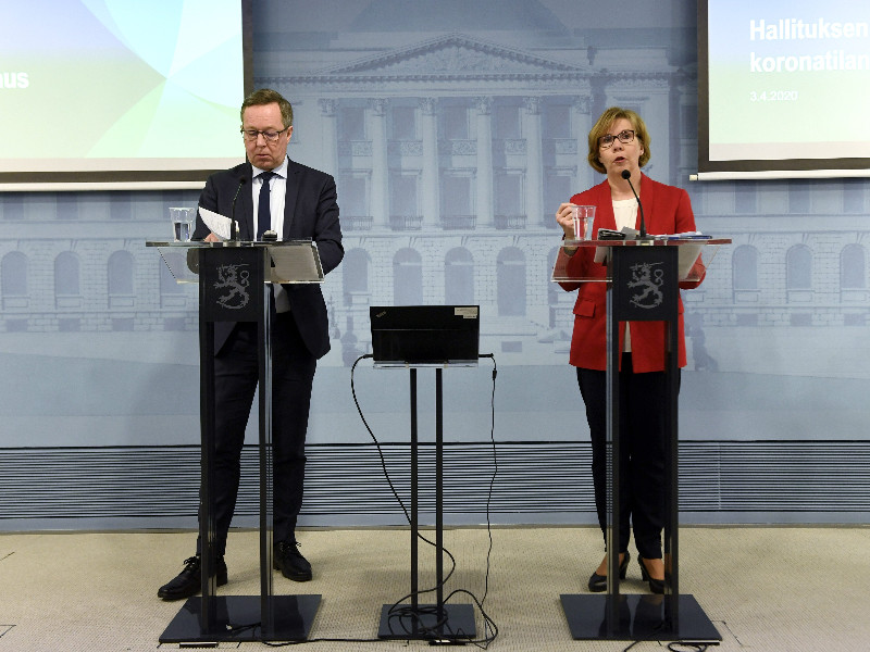 Minister of Economic Affairs Mika Lintilä (left) and Minister of Justice Anna-Maja Henriksson gave an update on the effects of the coronavirus epidemic in a press conference in Helsinki on Friday, 3 April 2020. (Vesa Moilanen – Lehtikuva)