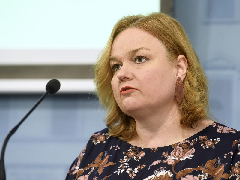 Krista Kiuru (SDP), the Minister of Family Affairs and Social Services, views that mask use must be in the government's tool set in case of a second wave of coronavirus infections. (Vesa Moilanen – Lehtikuva)