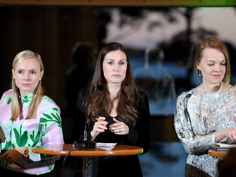 Ministers Maria Ohisalo (Greens), Sanna Marin (SDP) and Katri Kulmuni talked about the conclusions of the government's climate seminar, which according to recent reports widened the divide between the Greens and Centre. (Jussi Nukari – Lehtikuva)