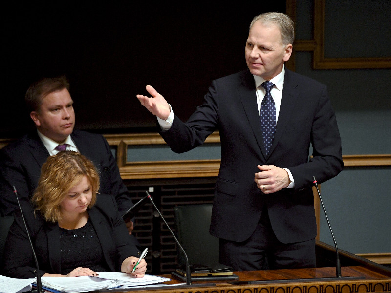 Minister of Agriculture and Forestry Jari Leppä (Centre) had the floor during a question-time debate in the Finnish Parliament in Helsinki on Thursday, 20 February 2020. (Jussi Nukari – Lehtikuva)