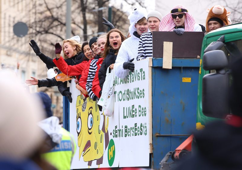 Final year high school students aboard a Penkkarit truck in Helsinki today (Image: Lehtikuva)
