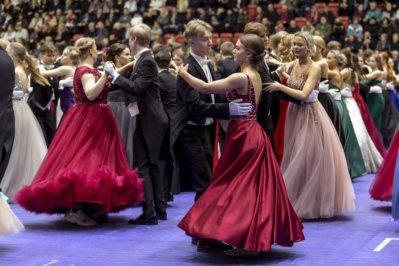 High schoolers perform the Waltz at the Helsinki Ice Hall (Image: Lehtikuva)