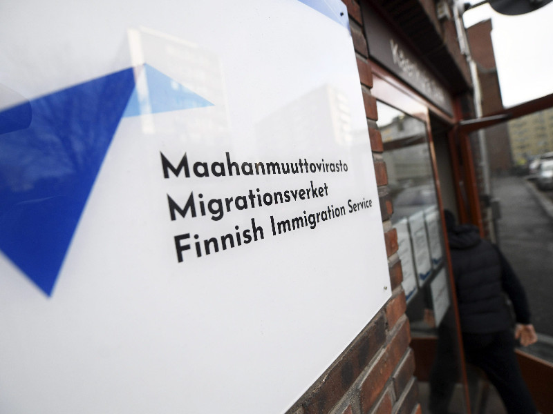 Finland deported unusually many foreigners last year, writes YLE