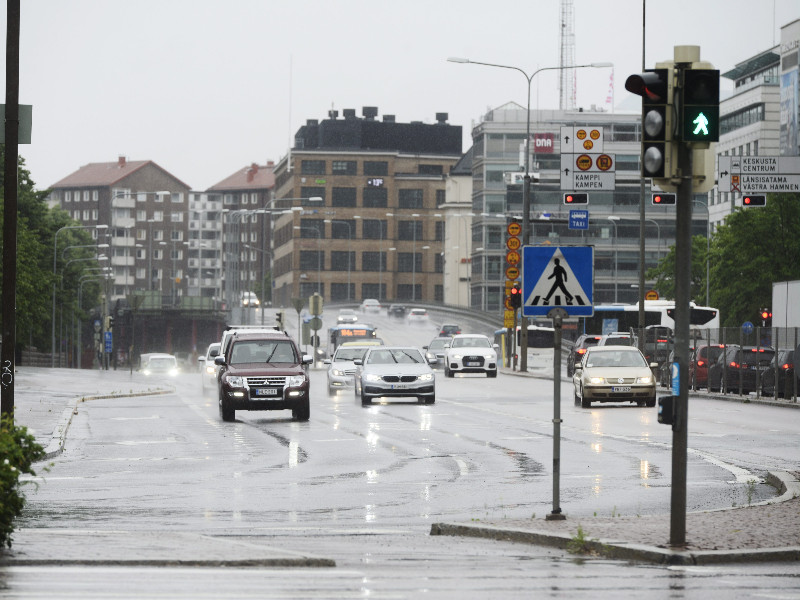 The Päivö storm brought rains also to the capital region. (Olivia Ranta – Lehtikuva)