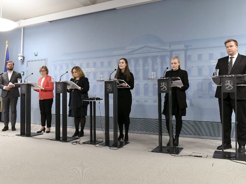 Six of the Finnish government's 19 ministers were present as the government announced strict restrictions to movement in and out of Uusimaa, the most populous region in Finland, in a bid to curb the spread of the new coronavirus in Helsinki on Wednesday, 25 March 2020. (Heikki Saukkomaa – Lehtikuva)