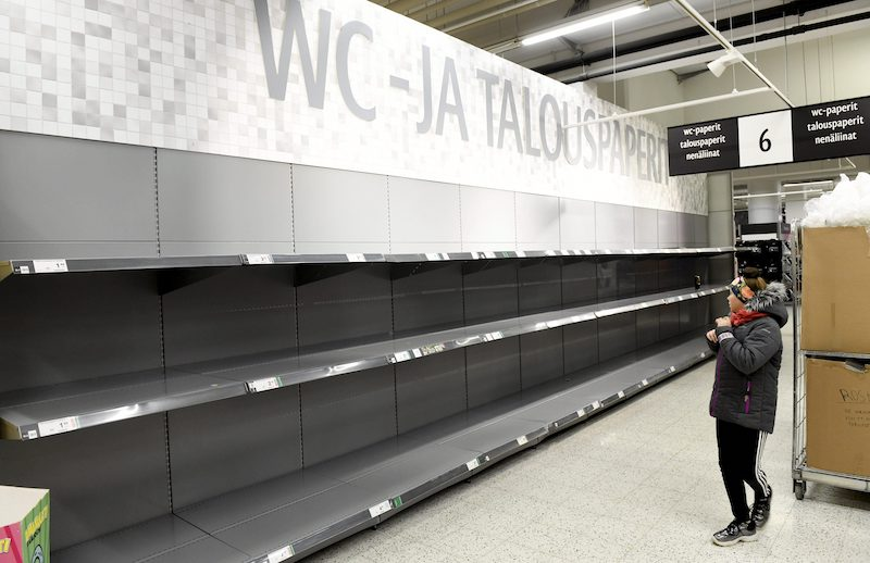Empty shelves at a K-Supermarket in Ruoholahti (Image: Lehtikuva)