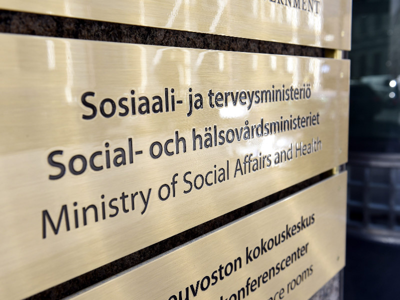 The Ministry of Social Affairs and Health has had to assure that its officials see eye to eye with the government on how to best combat the coronavirus epidemic. (Emmi Korhonen – Lehtikuva)