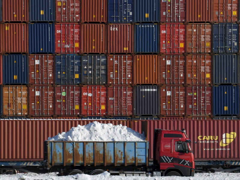 Value of Finnish exports fell by over 10% in January, show preliminary statistics